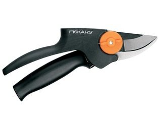 FISKARS PowerGear Bypass Pruning Secateurs