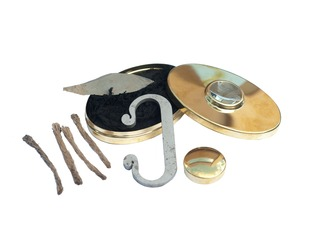 Hudsons Bay Flint and Steel Fire Lighting Kit with Fire Magnifier