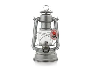 Feuerhand Storm Lantern